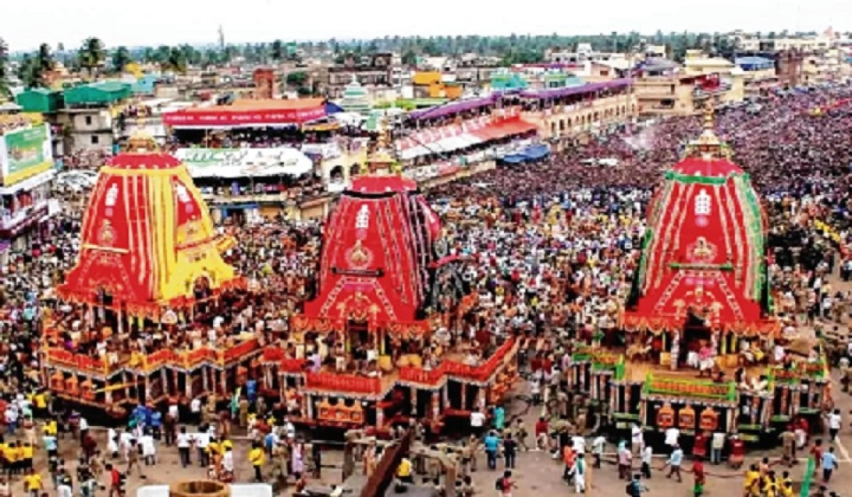 Lord Jagannath Rath Yatra begins at Puri