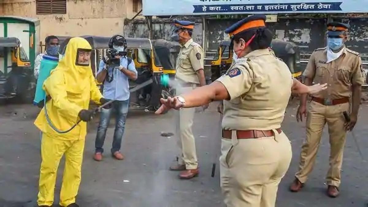 Coronavirus in Mumbai: Retailers seek removal of curbs on movement