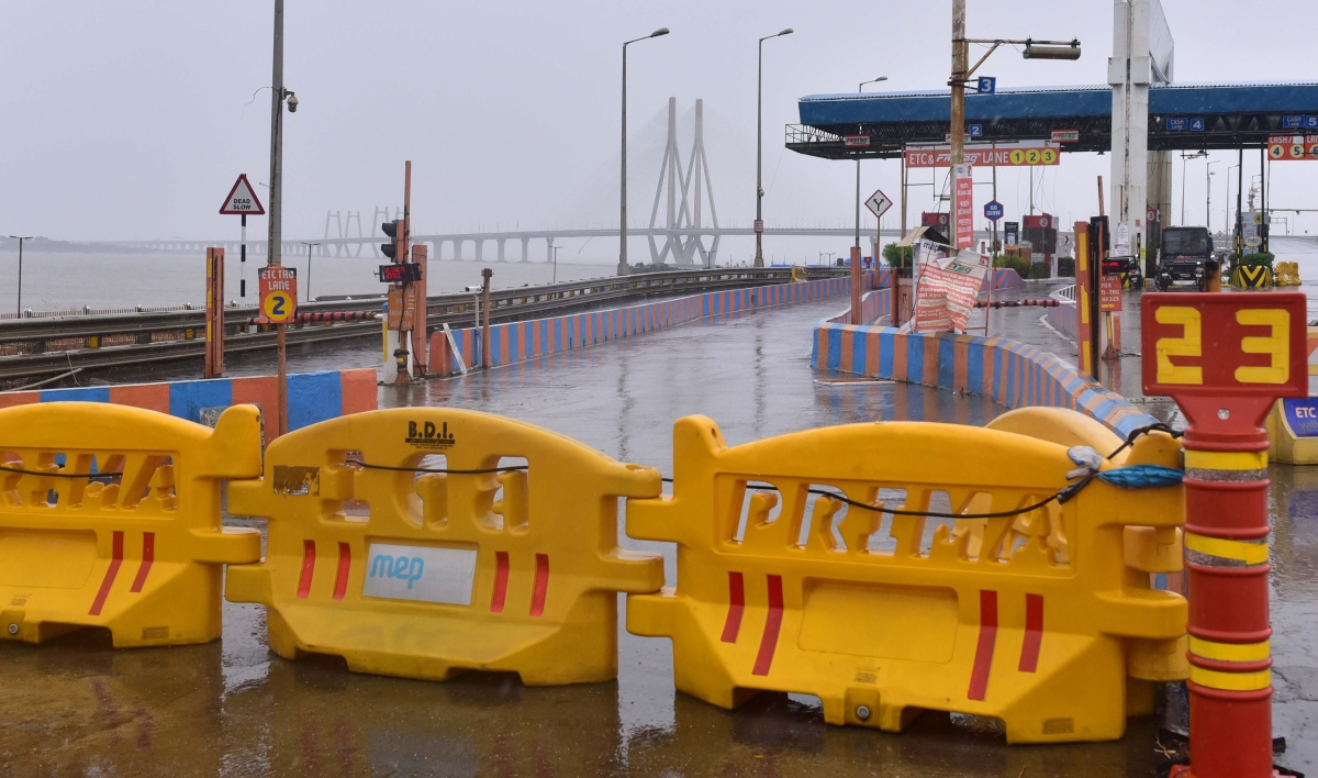 Mumbai Police suspends vehicular movement on Bandra-Worli sea link due to Cyclone Nisarga