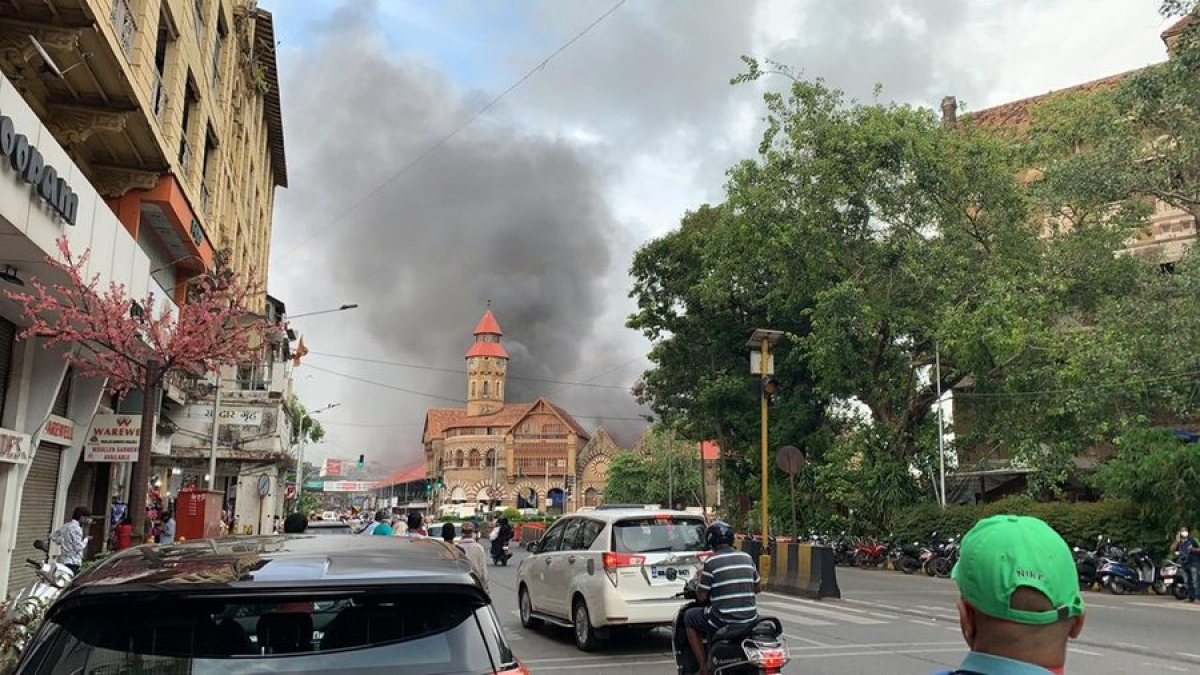 Watch video: Fire at Mumbai's Crawford Market; six fire engines mobilised