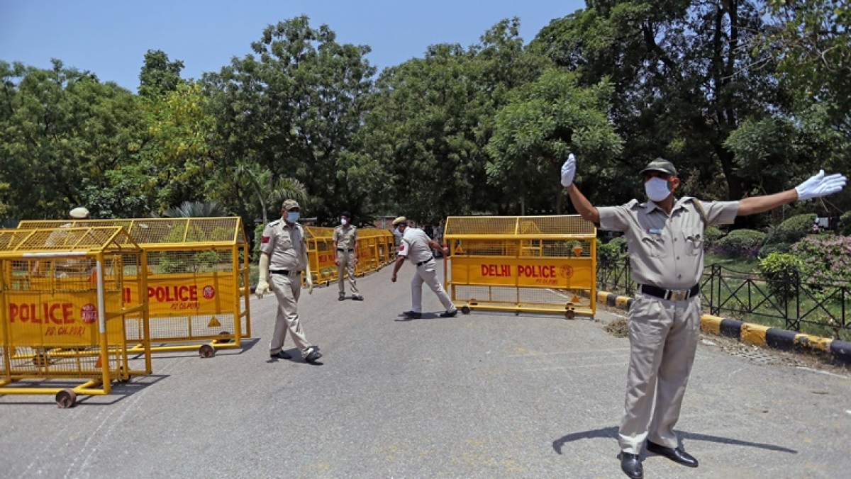 Delhi on high alert after reports of terrorists from Jammu and Kashmir attempting to enter city