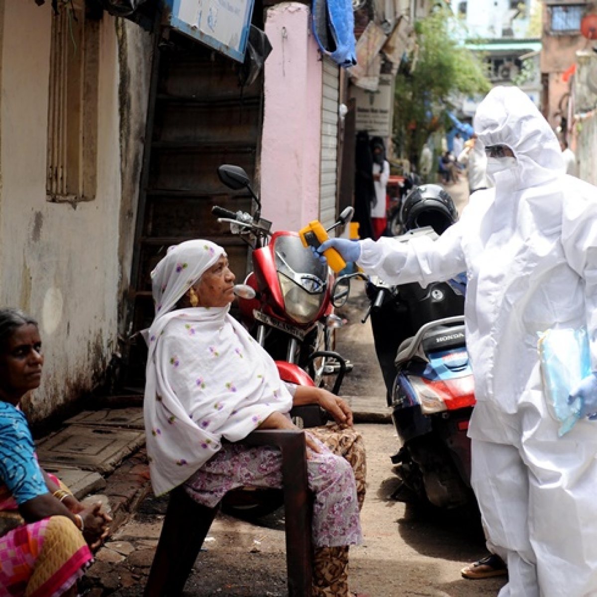 Coronavirus latest update: India records 24,879 new COVID-19 cases, total tally rises 7,67,296