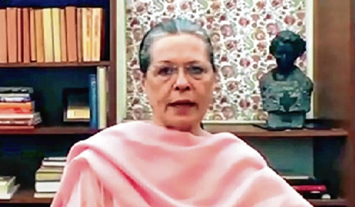 Sonia, Rahul ask Prime Minister Modi to speak up, take nation into confidence