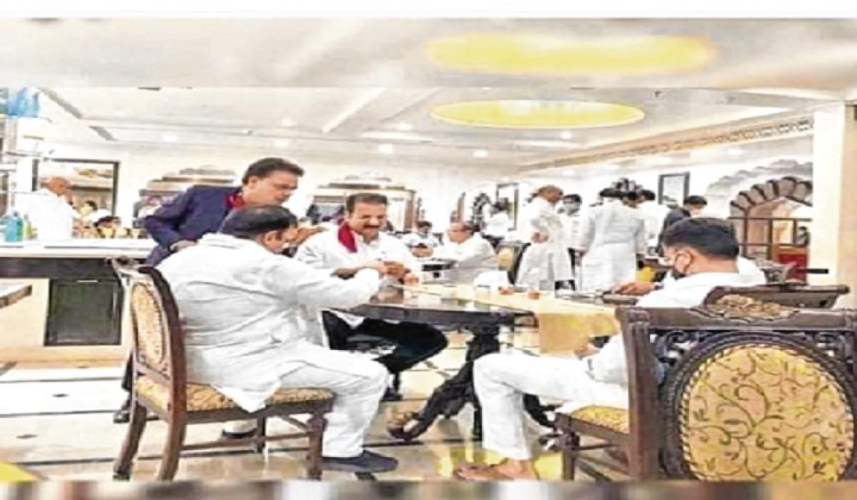 Congress holes up MLAs at resort