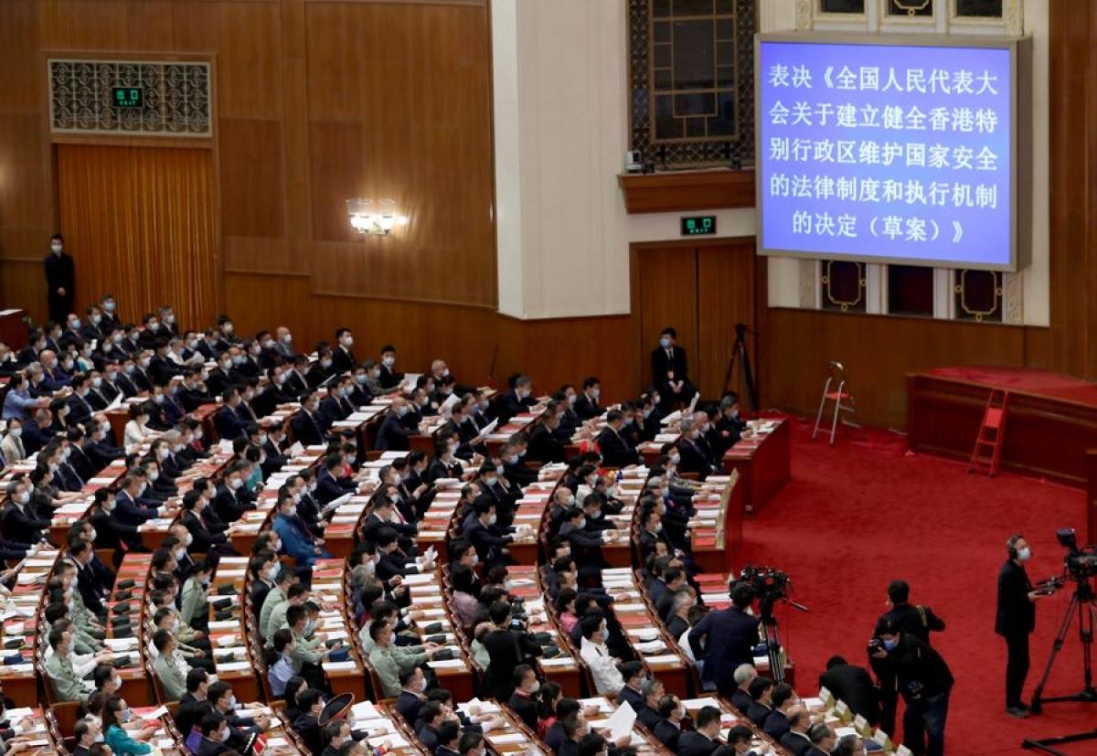 China urges Britain to stop meddling in Hong Kong affairs