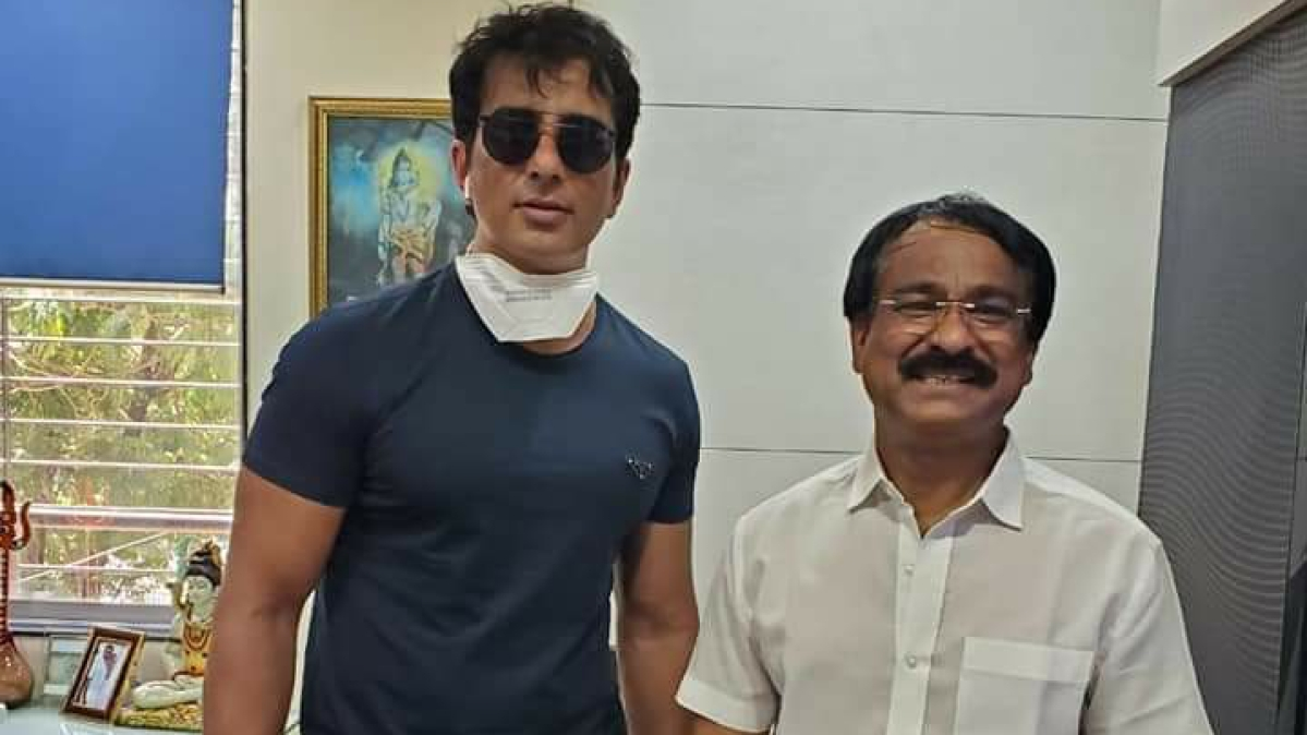 Actor Sonu Sood with Shankar Pawar