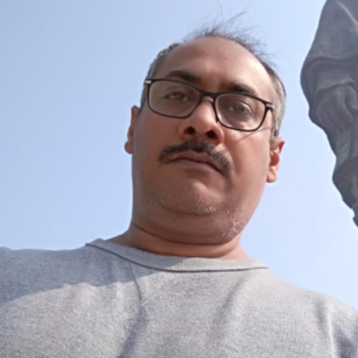 Abhinav Kashyap says he's being trolled by 'Salman Khan's troll armies Pakistan and Bangladesh'