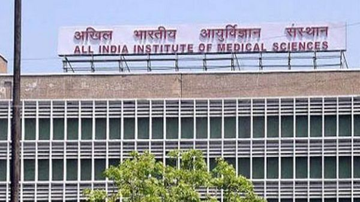 Dainik Bhaskar journalist suffering from COVID-19 jumps off 4th floor of AIIMS