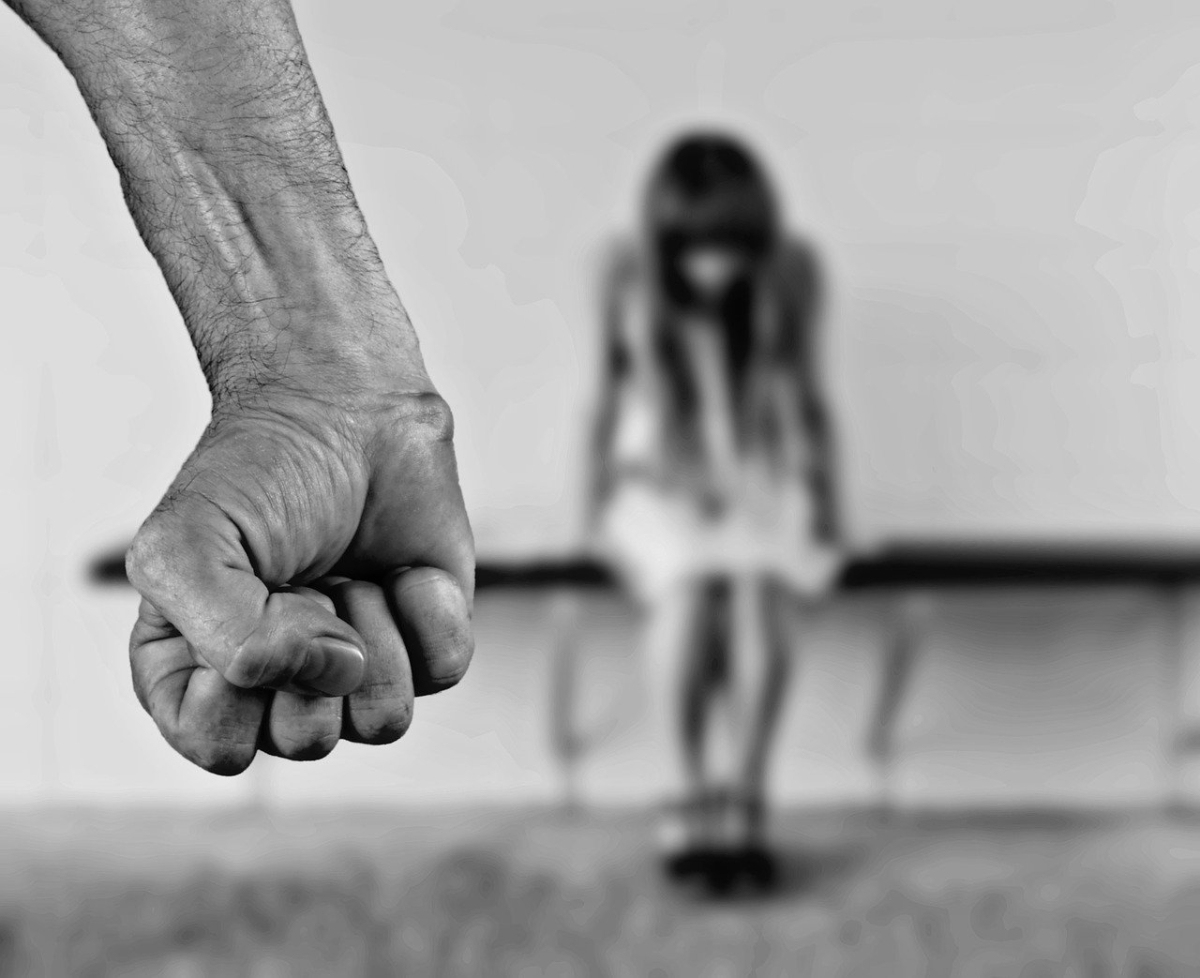 Former Kerala priest moves HC to marry minor girl he raped in 2016