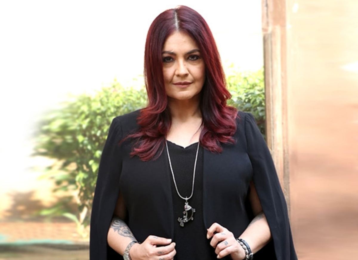 Pooja Bhatt faces flak over 'Sadak 2'
