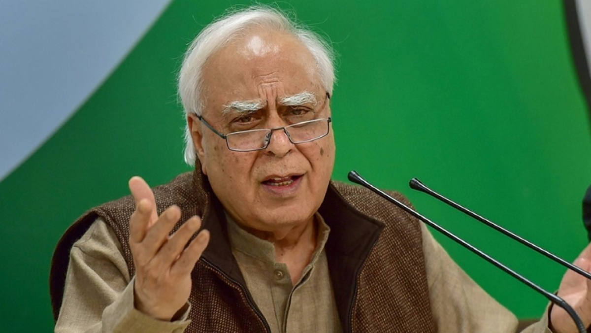 Banter in Court: When Delhi HC asked Kapil Sibal to help out with a technical glitch