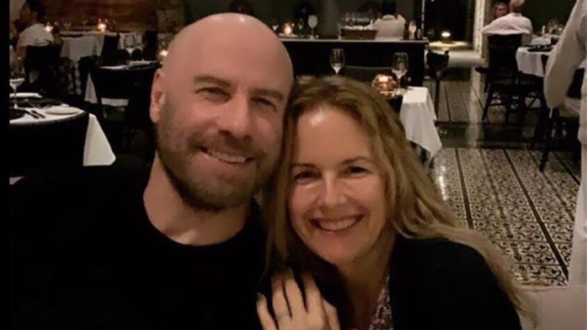 Kelly Preston, actor and wife of John Travolta, dies at 57 due to breast cancer
