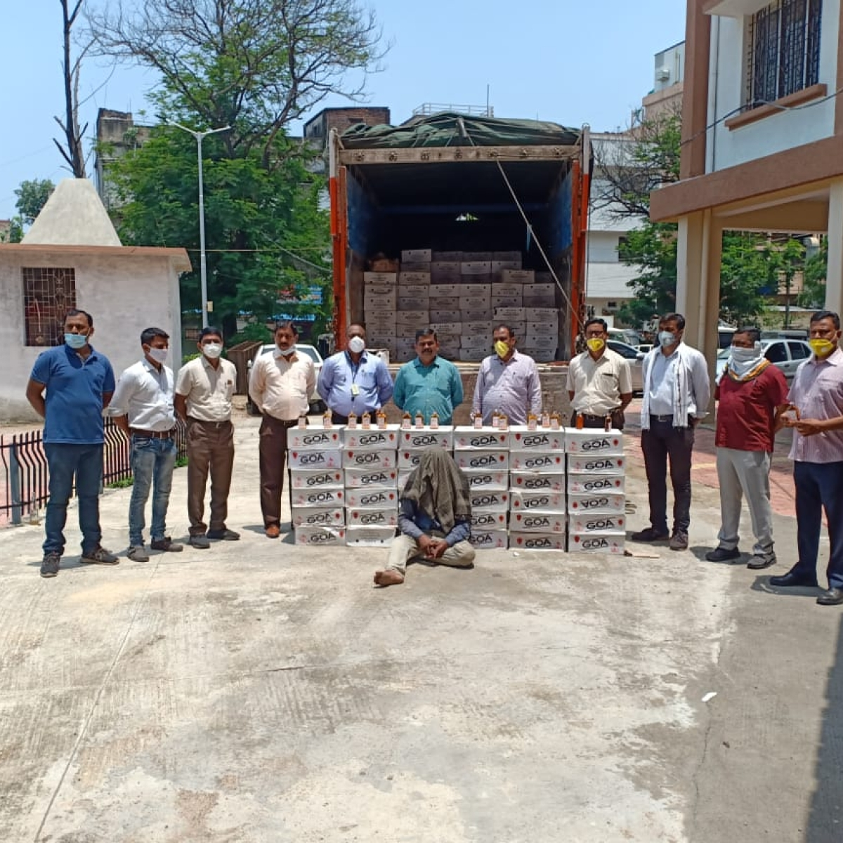 Excise officials crack down on smuggled liquor; booze worth Rs 52 lakh seized