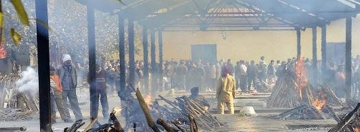 Patna locals cry foul over mass cremation of corona fatalities