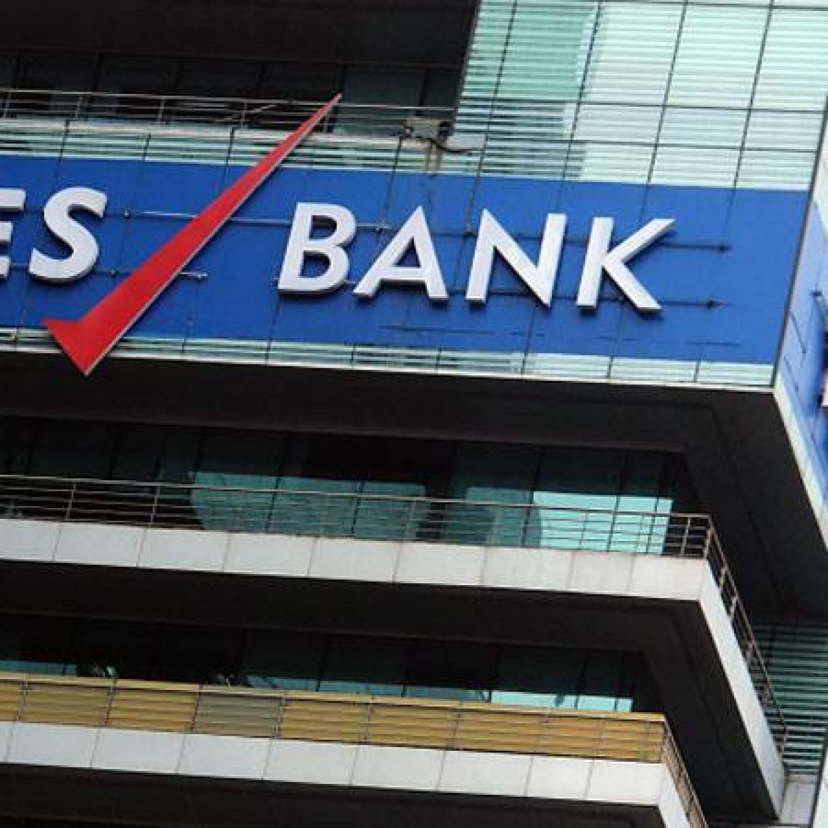 Yes Bank fraud: ED seizes properties worth 2800 cr