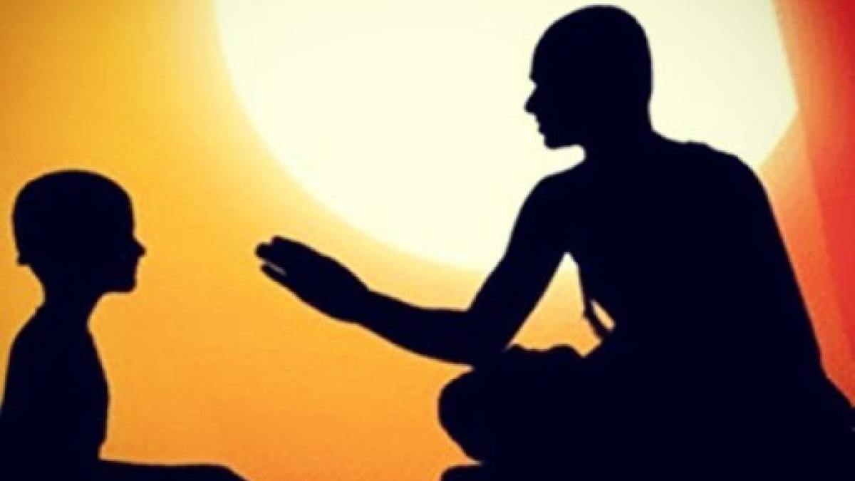Guiding Light: Who is a Guru?