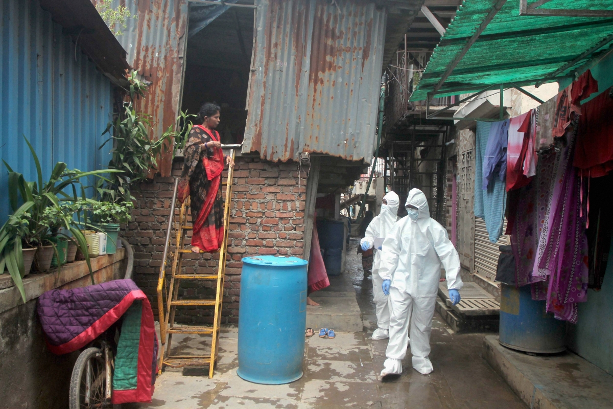 Coronavirus in Mumbai: BMC seals 6597 buildings, declares 751 containment zones