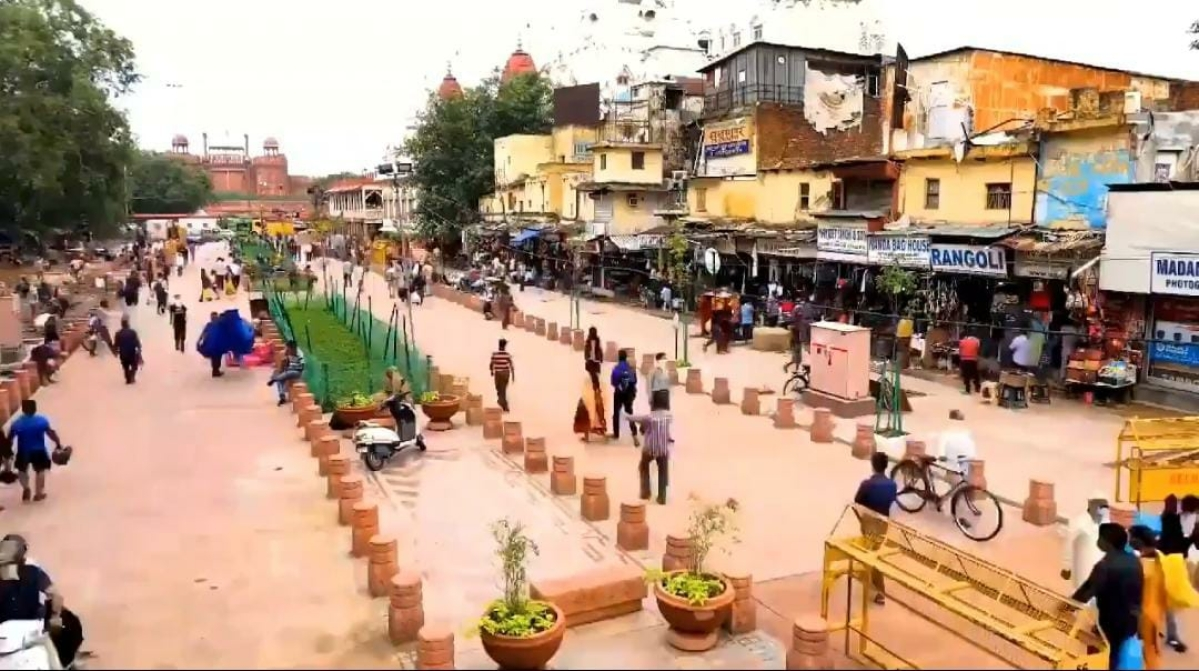'What a transformation': Twitter in awe after watching facelift of Chandni Chowk