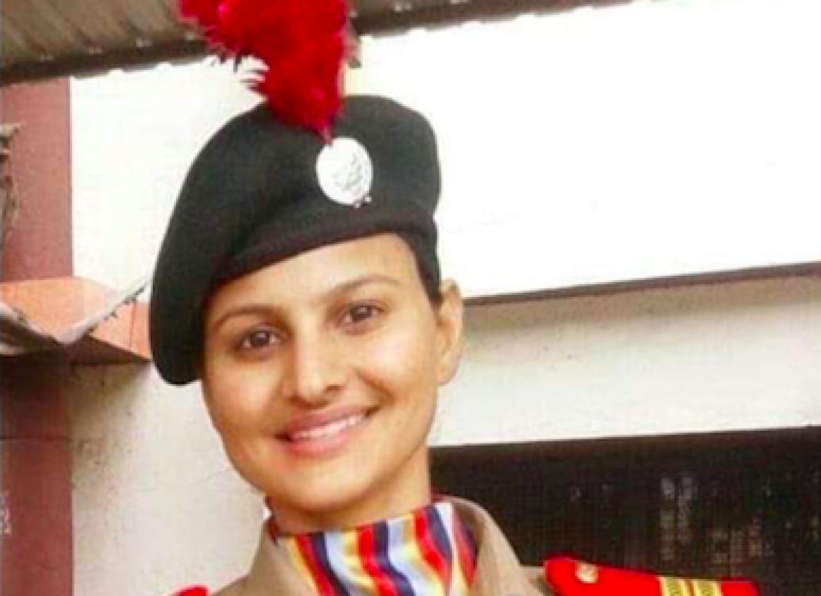 Support pours in for Surat cop who resigned after departmental inquiry was initiated against her for doing her duty