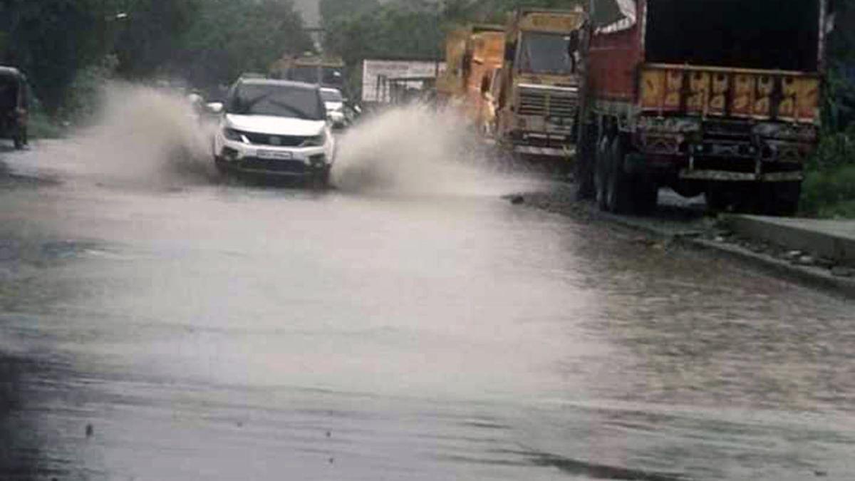 Arrival of rains exposes false claims:  MBMC's shoddy de-silting work under scanner