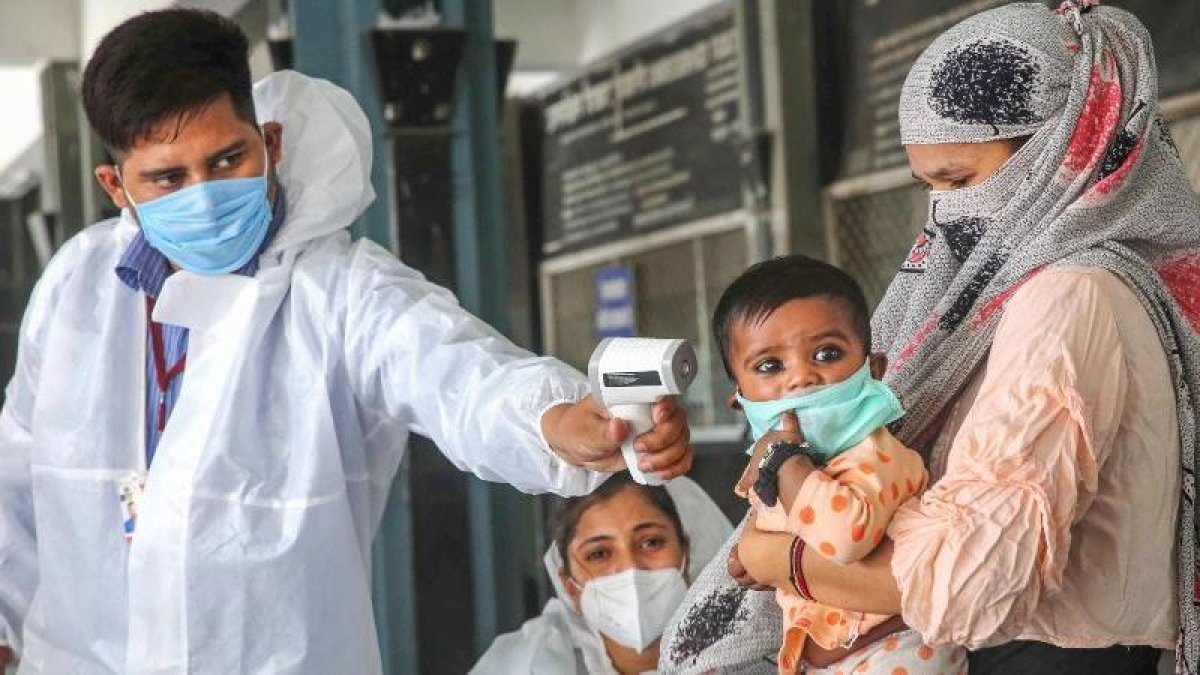 Madhya Pradesh: Health department suspends vaccination programme for April 29 and 30