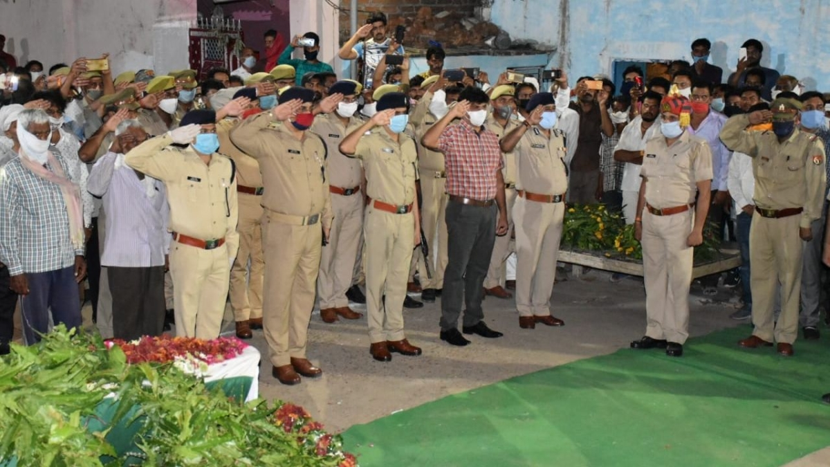 Day after eight cops killed, over 25 UP Police teams formed to nab Vikas Dubey