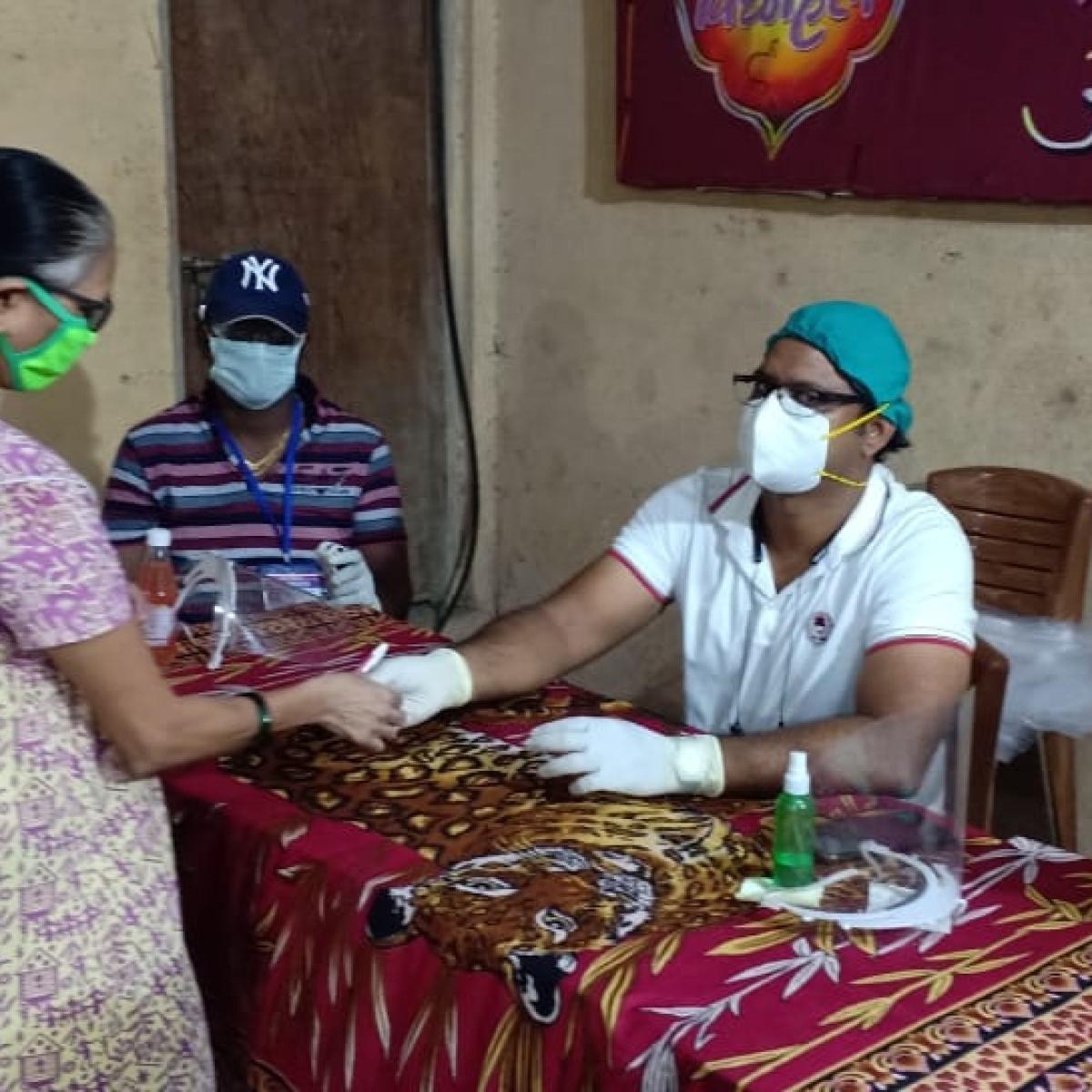 Corona heroes from Mumbai: Meet the  Sewri doctor who conducted door-to-door surveys and screened 30,000 people