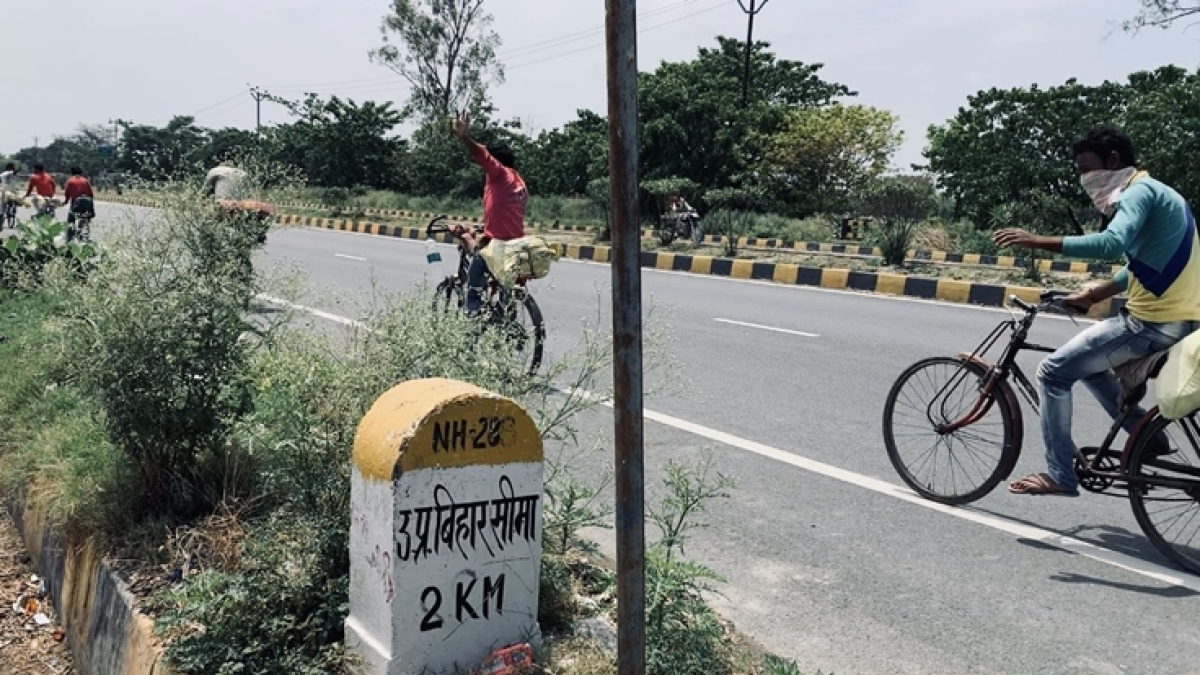 Film on girl who cycled from Gurugam to Bihar during COVID-19 lockdown lands in controversy