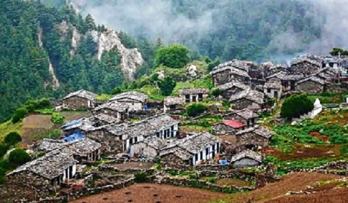 'Thousands of Uttarakhand border villagers relying on Nepali towers'