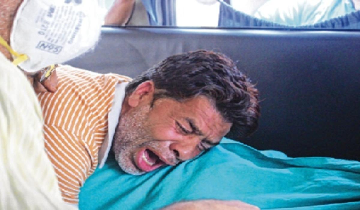 Ultras kill CRPF jawan, civilian in Kashmir; toddler rescued