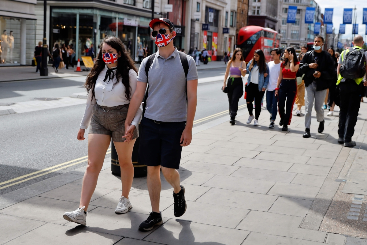 Masks now mandatory in UK shops, supermarkets