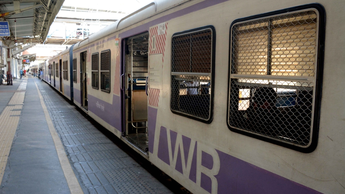 How to generate QR based e-pass for boarding trains in Mumbai from July 30