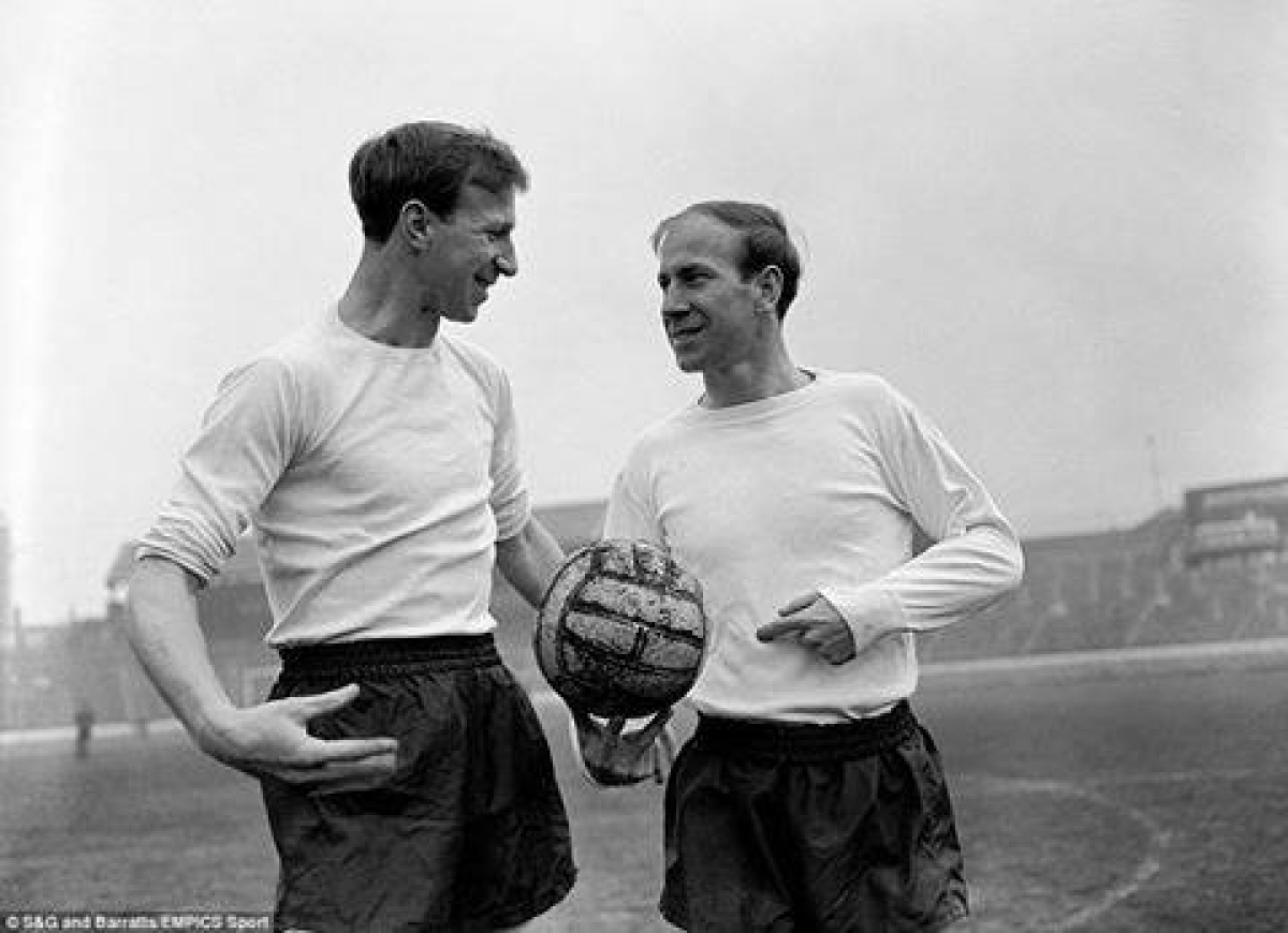 Legendary footballer Jack Charlton, who was part of 1966 FIFA World Cup-winning England squad, dies aged 85