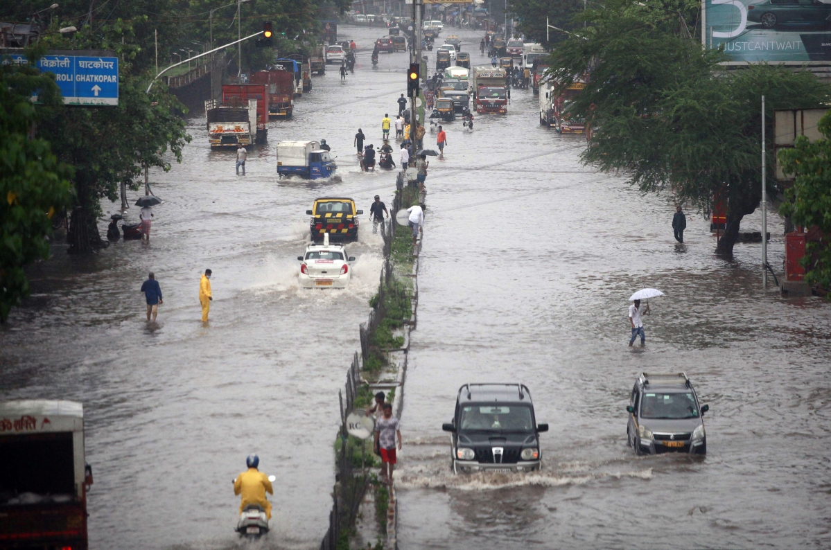 Mumbai Weather Update: Rains lashes city; water-logging reported in several parts - see pics