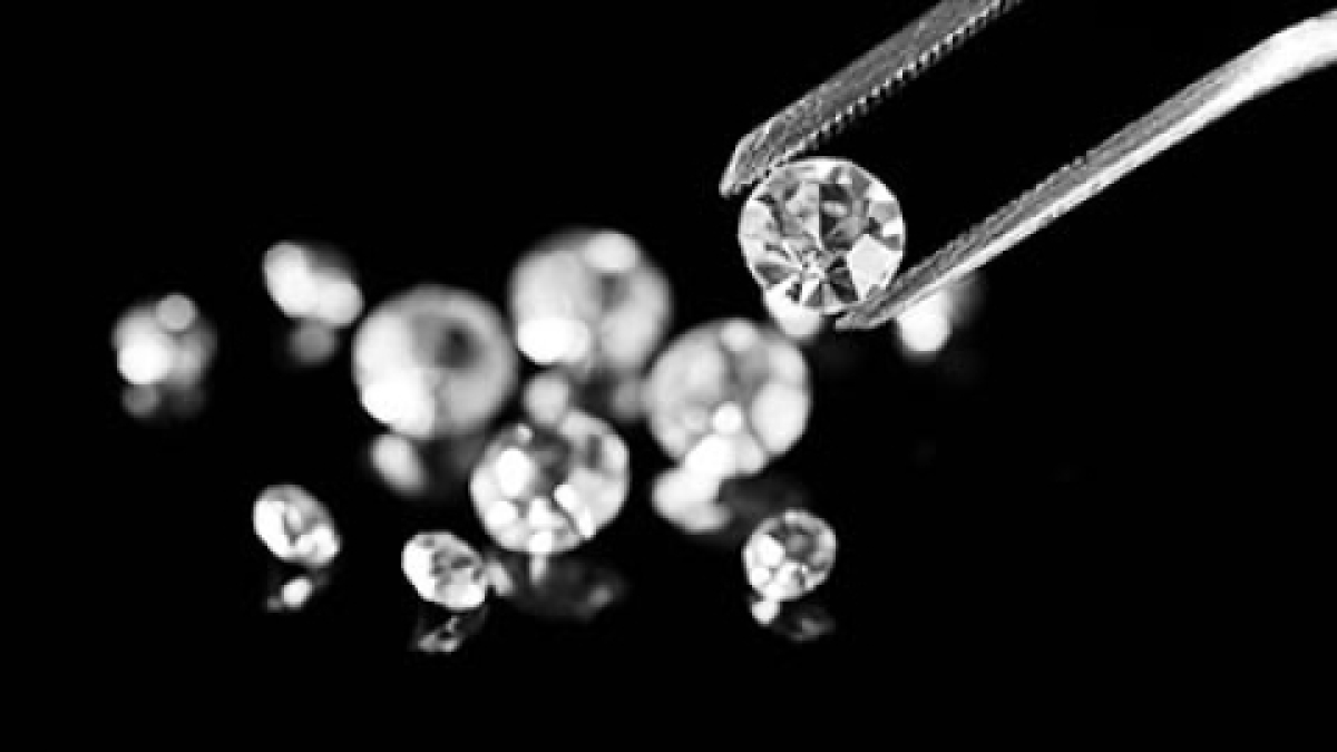 Madhya Pradesh: Man finds diamond worth Rs 30 lakh in Panna mine