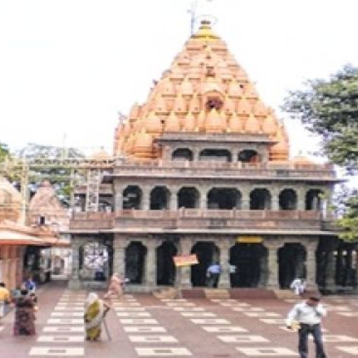 Ujjain: MTMC cancels all online bookings, bans entry in Mahakal temple after 8 pm from tomorrow