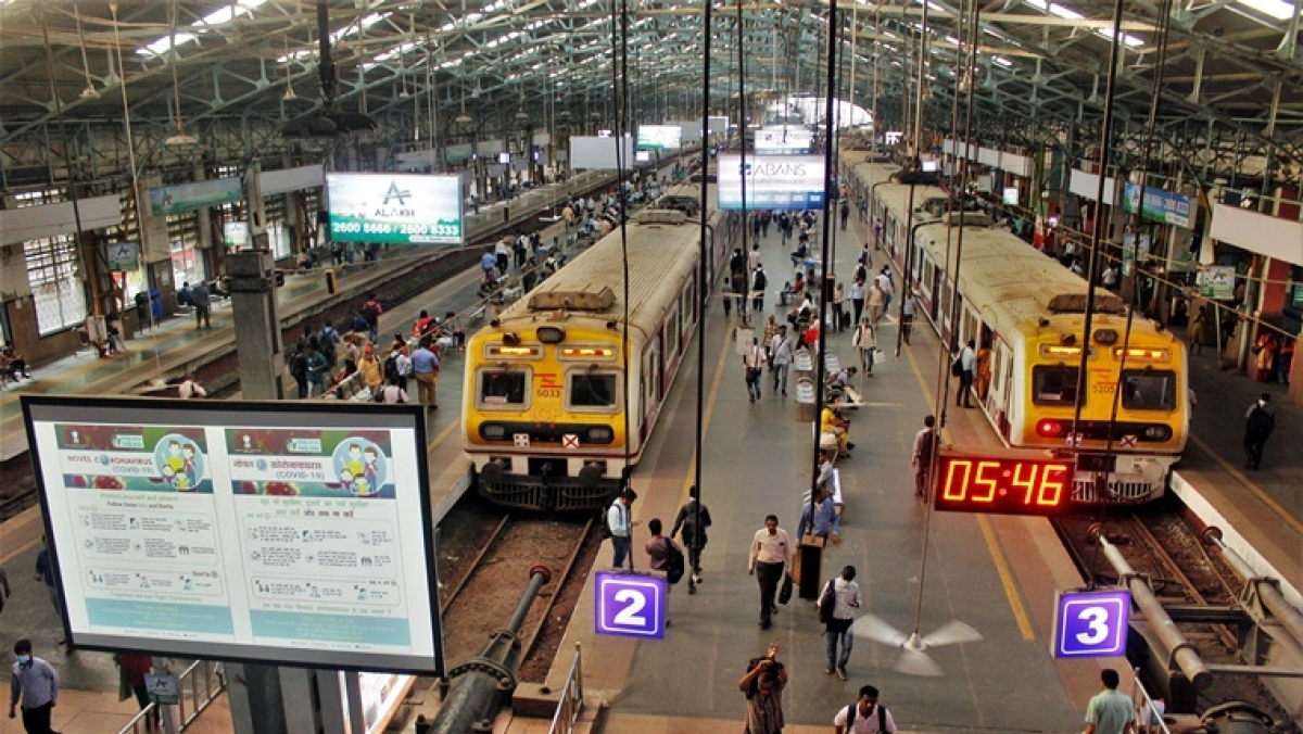 Mumbai Rains: In a first, despite heavy rains special suburban, express train running without disruptions