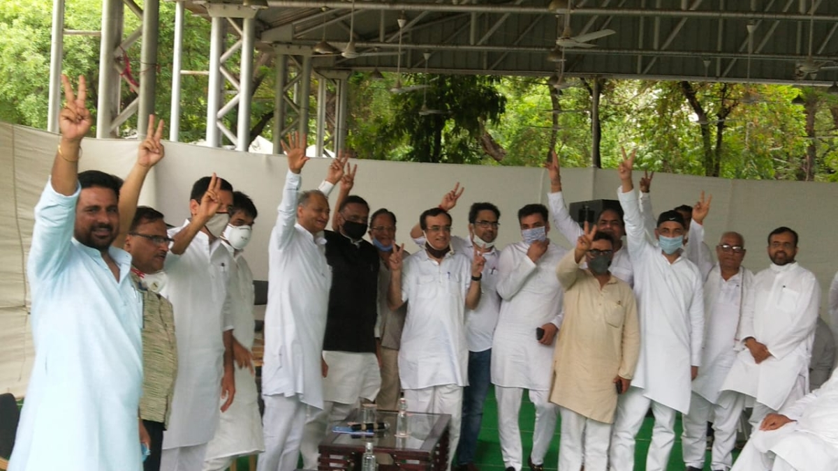 Rajasthan Row: Ashok Gehlot grounds Sachin Pilot's rebel flight by parading over 100 MLAs