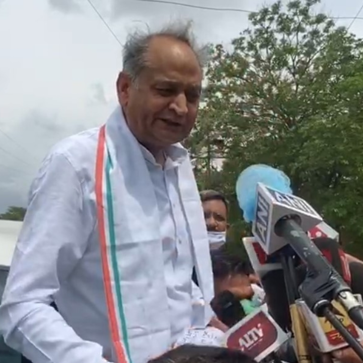 Gehlot writes to PM on bribe attempts SC to take a call on speaker's role today