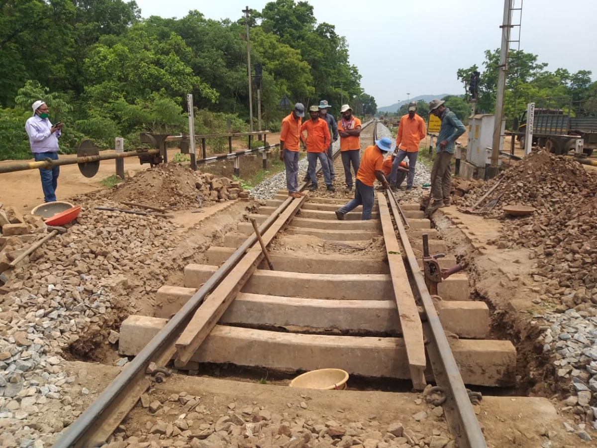 SWR's Hubballi Division carries out major maintenance works