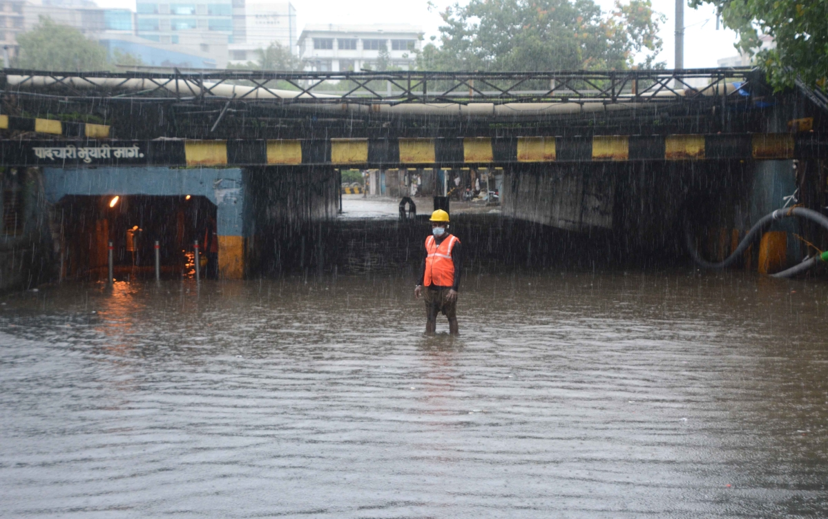Rain pain: Water logging in 8 spots; Orange alert for Saturday