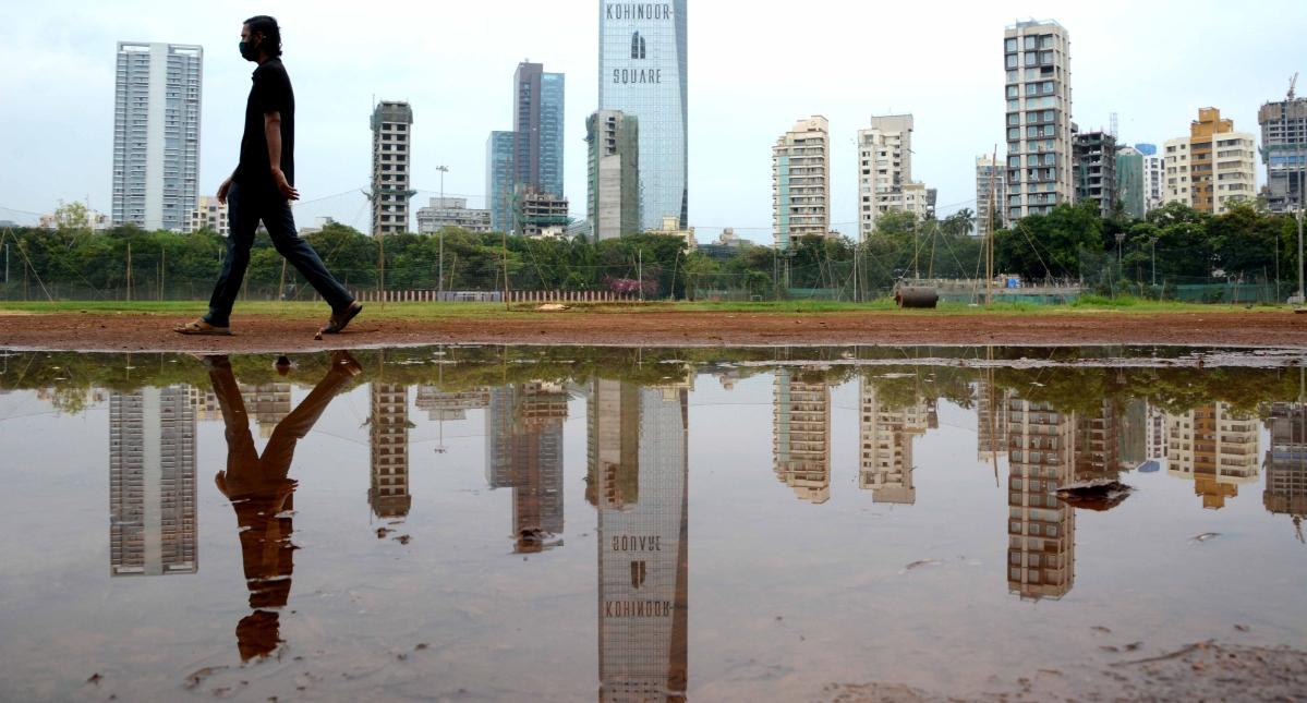 Very heavy rains predicted in Mumbai, IMD issues orange alert