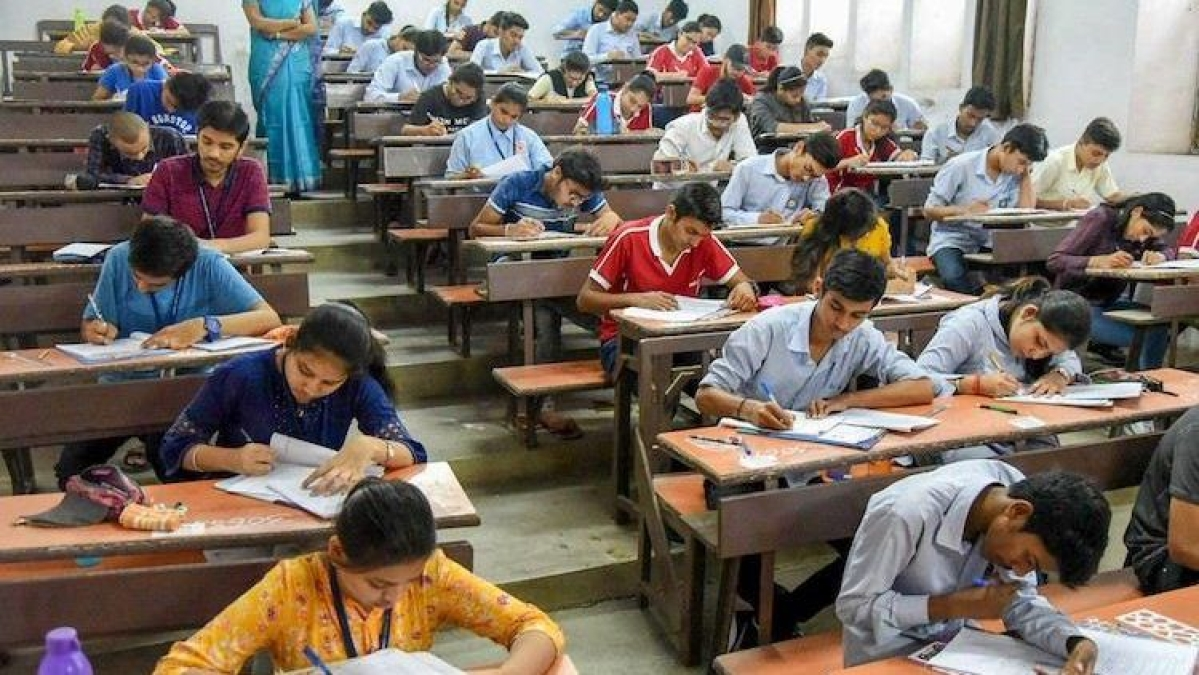 Yuva Sena requests HRD Minister Pokhriyal to reconsider UGC's decision of conducting final year exams