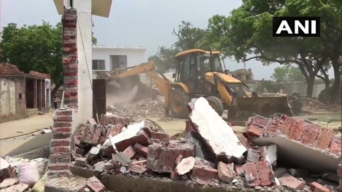 Kanpur: District administration demolishes property of criminal Vikas Dubey who killed 8 cops