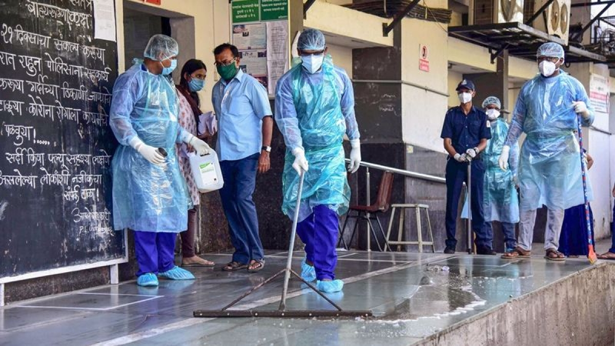 Coronavirus in Mumbai: Full list of COVID-19 containment zones from Colaba in SoBo to Borivali in West and Mulund in East issued by BMC as of July 13