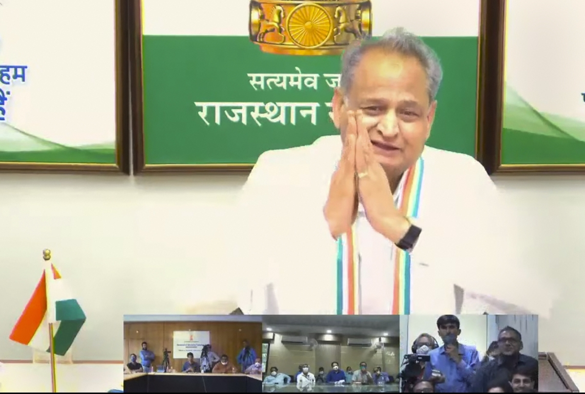 Rajasthan political crisis: Income Tax dept raids homes of Gehlot's aides, hotel that was to accommodate Raj MLAs after Monday meeting