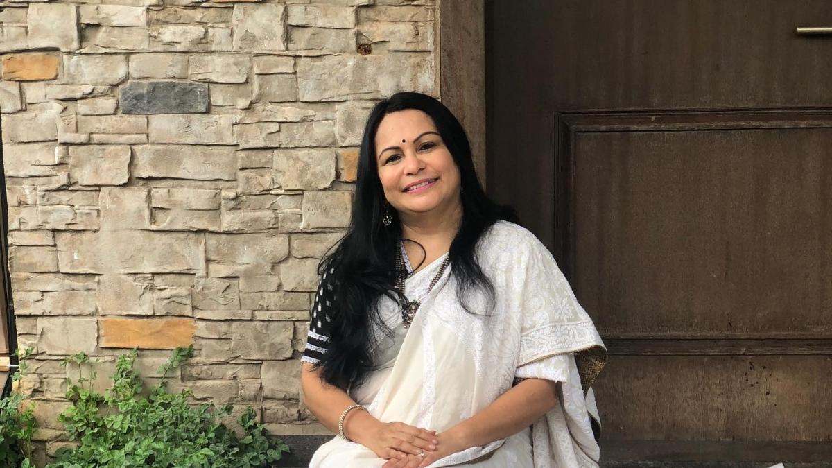 Why no gyan for Sonam Kapoor with 'snakeskin' bag: Shefali Vaidya slams PETA India