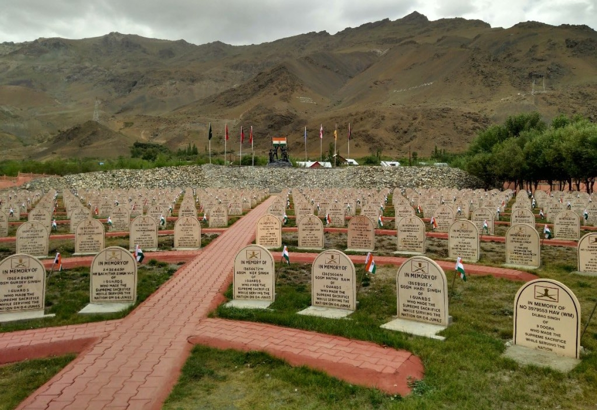Kargil Vijay Diwas: Amit Shah, Rajnath Singh, Rahul Gandhi, Sharad Pawar and others salute brave Indian soldiers