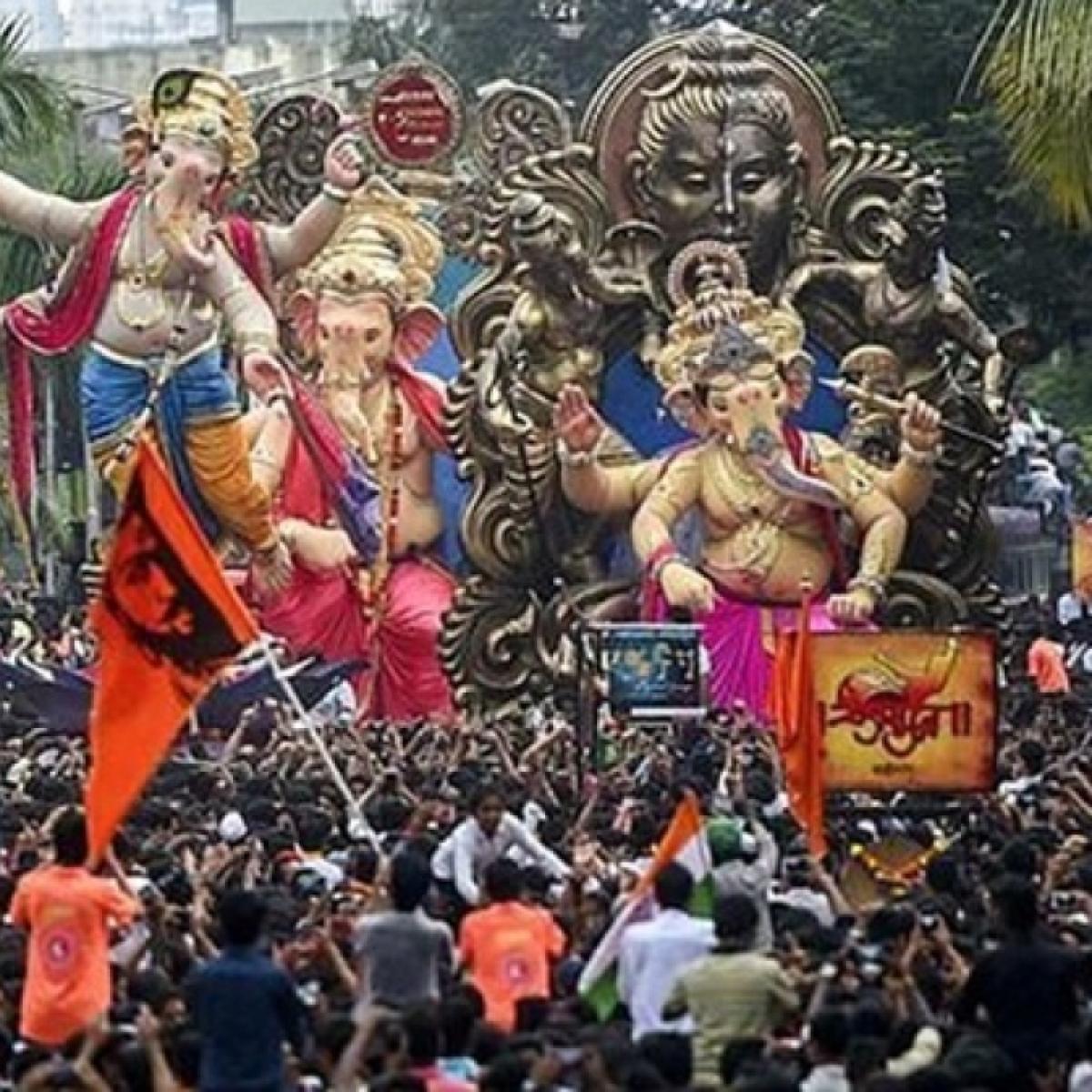 Ganesh Utsav 2020: Traffic jams at Konkan checkpost as state govt yet to issue guidelines
