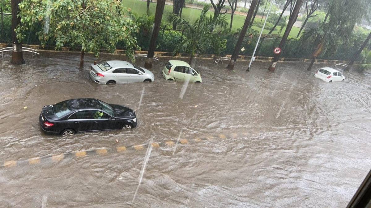 Mumbai Rains Traffic Update: BEST diverts buses from following routes